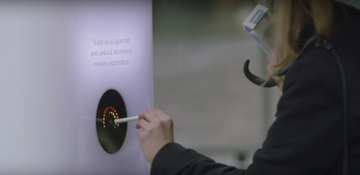 11 Minutes Of Experience In Exchange For A Cigarette - Anti-Smoking Campaign With A Twist